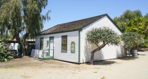 - 21, 2017 mały dom przy San Diego stanu Starym Grodzkim historycznym parkiem SAN DIEGO, KALIFORNIA, KWIECIEŃ - Fotografia Royalty Free