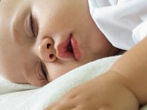 mały dziecka dosypianie Zdjęcie Royalty Free