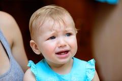 Mały dziecko płacz zdjęcia stock