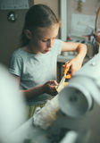 mały dziewczynę działanie Fotografia Stock