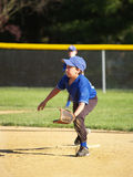 mały gracz ligi baseballu obrazy royalty free