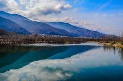 Mały jezioro w jeden małej wiosce blisko miasto Petrich, Bułgaria Obrazy Stock