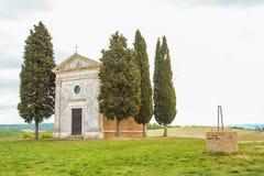 Mały kościół Vitaleta w Val d ` Orcia Zdjęcia Stock