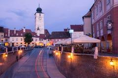 Mały kwadrat w Sibiu. zdjęcie stock