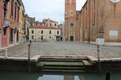 Mały kwadrat w Wenecja Włochy na chmurnym dniu zdjęcie royalty free