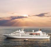 Mały luksusowy statek wycieczkowy Zdjęcie Royalty Free