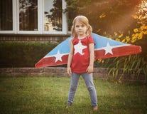 Mały Pilotowy dziecko Udaje Latać z skrzydłami Obraz Royalty Free