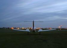 mały samolot z weź czekać Zdjęcia Royalty Free