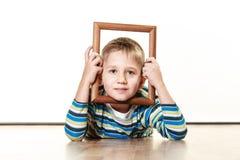 Mały uśmiechnięty chłopiec dziecka portret Obraz Royalty Free