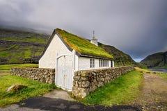 Mały wioska kościół w Saksun, Faroe wyspy, Dani fotografia royalty free