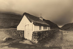 Mały wioska kościół w Saksun, Faroe wyspy, Dani zdjęcie royalty free