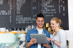 Małych biznesów właściciele w sklep z kawą Fotografia Stock