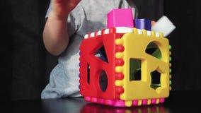 Małych dziewczynek sztuki w brakarce zdjęcie wideo
