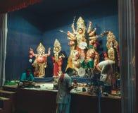 MA Durga an einem mandap lizenzfreie stockfotografie