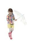 Mała dziewczynka z parasolem w gumie i Zdjęcie Royalty Free