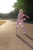 Mała dziewczynka z rolownikami Fotografia Royalty Free