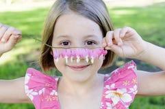 Mała dziewczynka z sercami Obraz Royalty Free