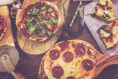 Małe Pizze Zdjęcia Royalty Free