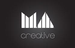 MA M A Letter Logo Design With White et lignes noires Images libres de droits