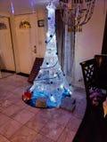 Ma prise sur un arbre de Noël photographie stock