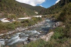mała rzeka z mounatin na drodze od Kunming los angeles, Ch Obrazy Royalty Free