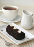Mały czekoladowy cukierki tort Obrazy Royalty Free