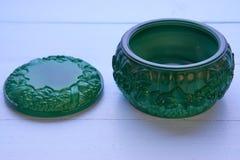 Mały dekoracyjny zielony malachitowy garnek Zdjęcie Royalty Free
