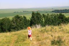 mały dziewczyna spacer Obraz Stock