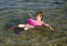 mały dziewczyny morze Fotografia Stock