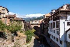 Ma?y miasteczko Potes w Cantabria, Hiszpania obraz stock