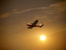 mały samolot flying fotografia stock
