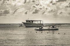 Mały statek przy oceanem Porto Galinhas Brazylia Obraz Stock