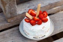 mały urodzinowy tort obraz stock