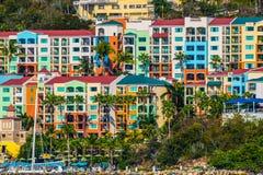 Maagdelijke Eilandflatgebouwen met koopflats Royalty-vrije Stock Fotografie