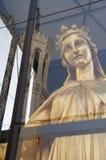 Maagdelijke Mary en Basiliek van Fourviere Stock Foto