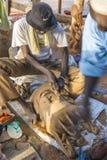 Maak een Afrikaans masker royalty-vrije stock fotografie