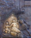 Maak een wens, John van Nepomuk, op Charles Bridge, Praag Royalty-vrije Stock Foto's