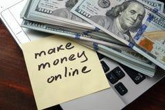 Maak geld online Royalty-vrije Stock Fotografie