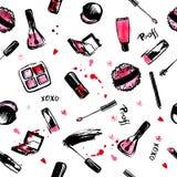 Maak omhoog tot Hand getrokken naadloos patroon de schoonheidsmiddelen van de manierstijl met nagellak, lippenstift, mascara, bor Stock Foto