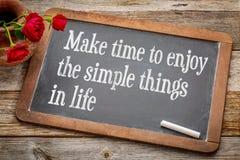 Maak tijd om van eenvoudige dingen te genieten Stock Foto
