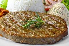 Maaltijd met hamburguervlees Stock Afbeeldingen