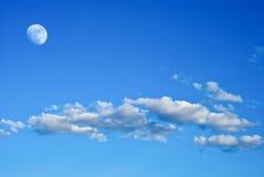Maan in de hemel Royalty-vrije Stock Foto