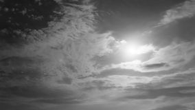 Maan en wolken stock footage