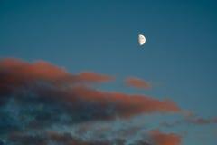 Maan en wolken Royalty-vrije Stock Fotografie