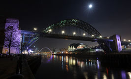 Maan over de Tyne Royalty-vrije Stock Foto