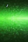Maan over groene hemelbezinning Royalty-vrije Stock Afbeelding