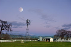 Maan over Napa Royalty-vrije Stock Afbeeldingen