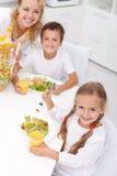 Mañana feliz en la cocina Foto de archivo
