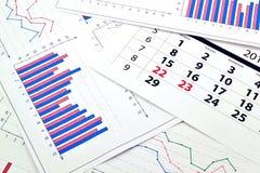 Maandelijkse kalender en grafieken Stock Foto