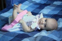 4-maanden babymeisje Stock Afbeeldingen
